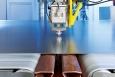 Das Laserschneiden von Platinen mit DynamicFlow Technologie eignet sich optimal für Produktionsabläufe mit häufigen Produktwechseln