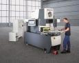 Handbediente Nutenstanze zur flexiblen und wirtschaftlichen Herstellung von Elektroblechen für Motoren und Generatoren in Mittel- und Kleinserien